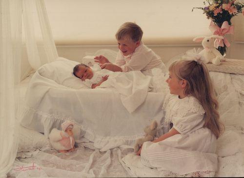 3 kids:jpg